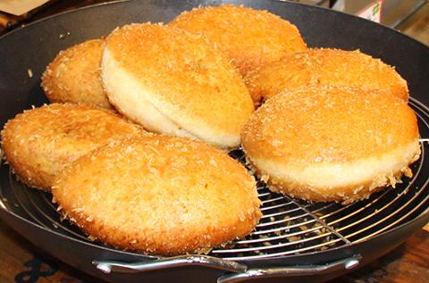 焼きたてできたてさくさメロンパン